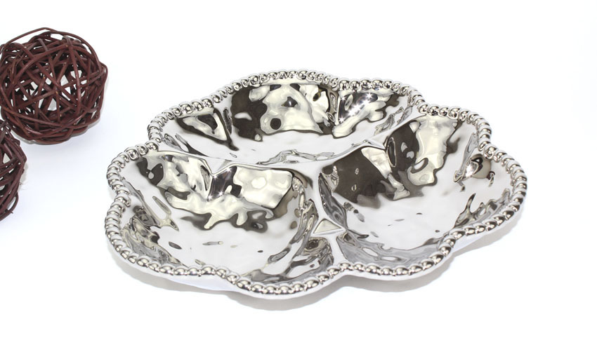 "10.75"" Dia. 3-Compartment Porcelain Plate with Titanium Coating and Beaded Rim"