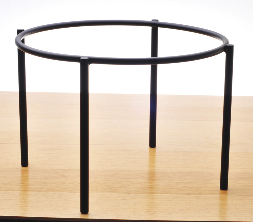 "10"" Black Round 1-Tier Pizza Stand, 7"" tall"