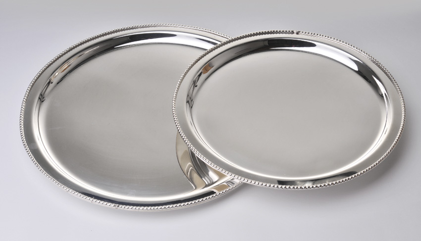 "15"" Stainless Steel Round Tray w/ Mirror Finish."