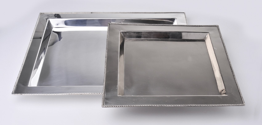 "20"" x 16"" Stainless Steel Rectangular Tray w/ Mirror Finish."