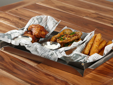 2. Creative Ways to Serve Appetizers: Appetizer Sampler Platter