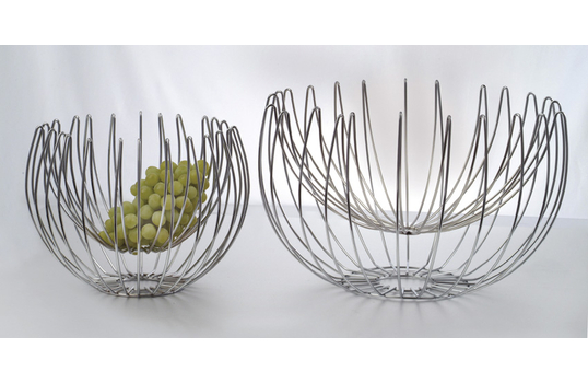 "19"" Suspended Wire Basket"